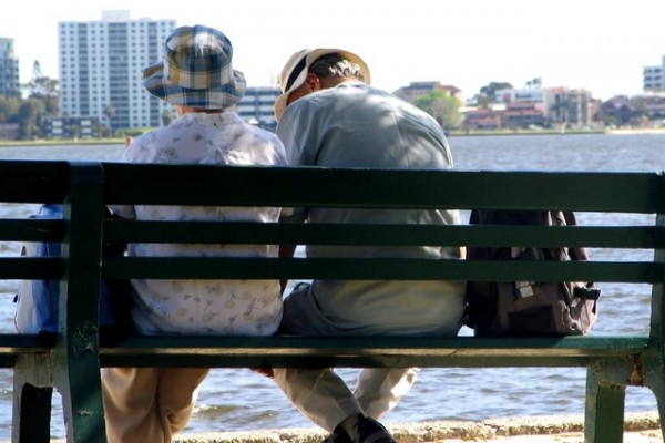 old-couple-1522274-640x480
