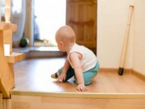Gyerekbiztos lakás és nappali kialakítása