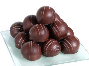 Milyen hormonokat szabadít fel a csokoládé fogyasztása?